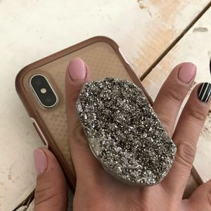 Druzy stone geode pop socket